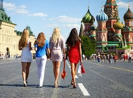 6 Things Russians Like To Do in Summer Season