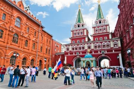 8 Famous landmarks in red square – Moscow