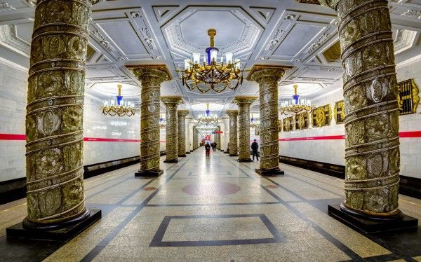 11 Hypnotizing Metro Stations in St. Petersburg
