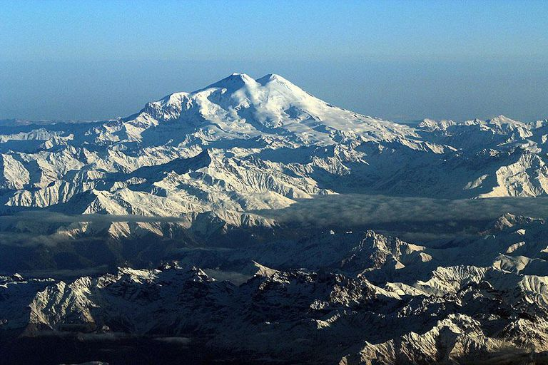 7 Facts About Mount Elbrus – The Highest Mountain in Europe