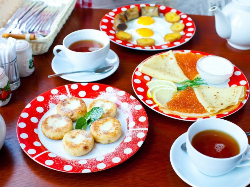 What Do Russians Eat for Their Daily Breakfast? Here are the Answers!