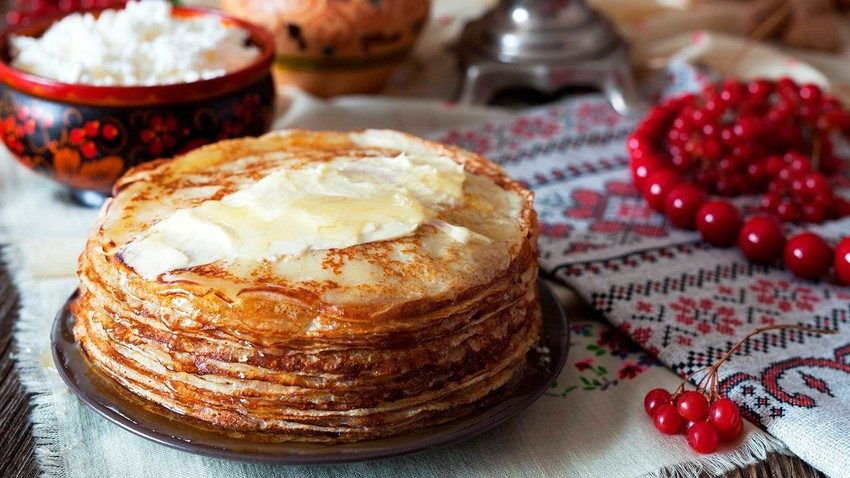 8 Iconic Food to Eat in Russia on Valentine's Day