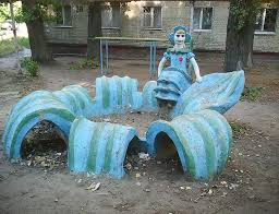 8 Creepy and Annoying Playgrounds in Russia