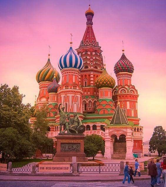 Let's Get Familiar with Russian Values to Make Your Life Easier There