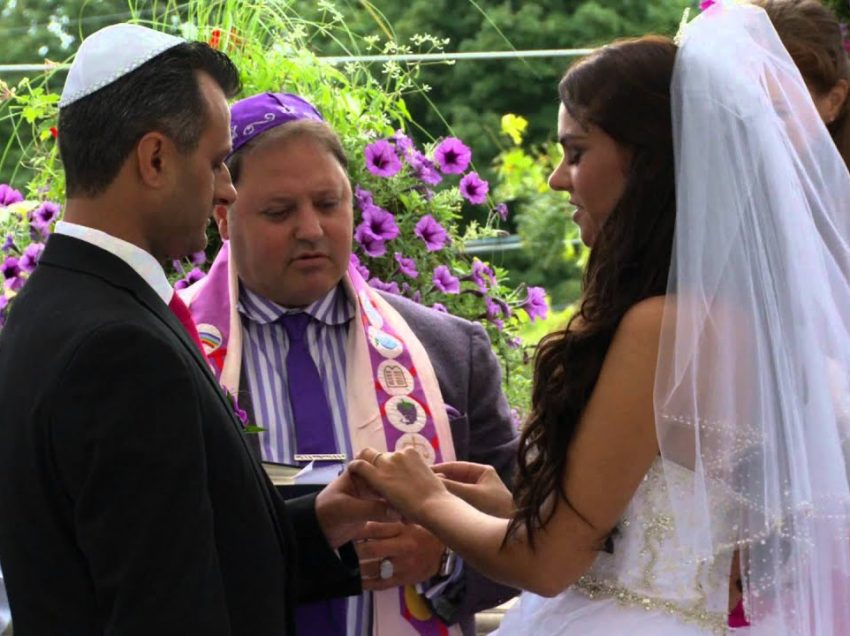 8 Traditions of Russian-Jewish Wedding In Russia