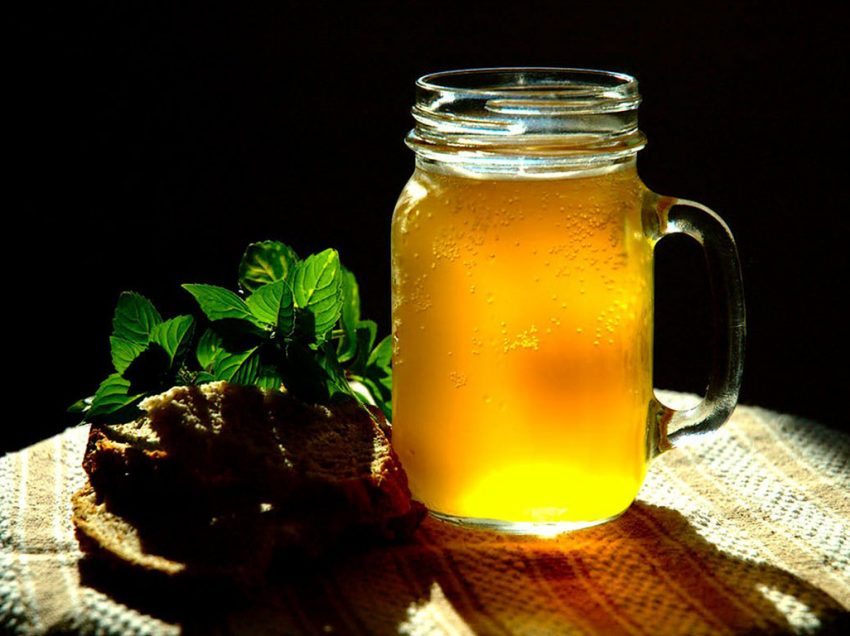 5 Simple Recipes of Non-Alcoholic Russian Beverages