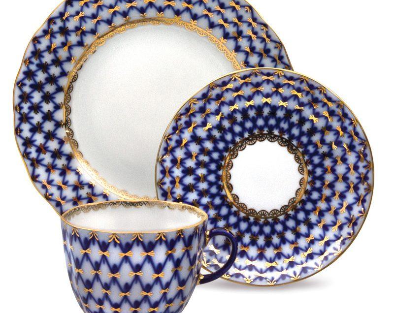 5 Differences between Lomonosov and Gzhel Porcelains