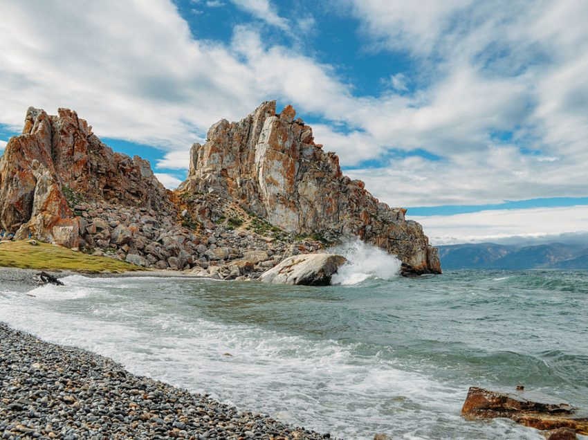 Love Russia and Nature? Visit These 5 Photogenic Russian National Parks